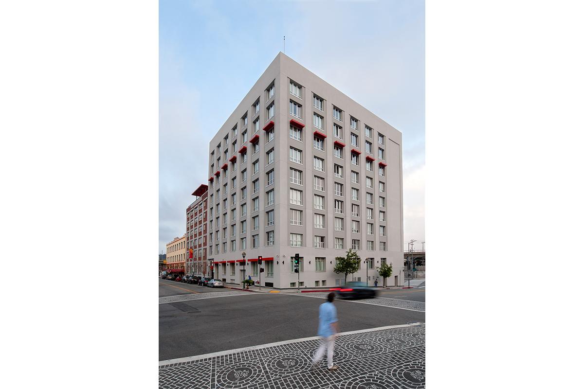Metropolitan housing company